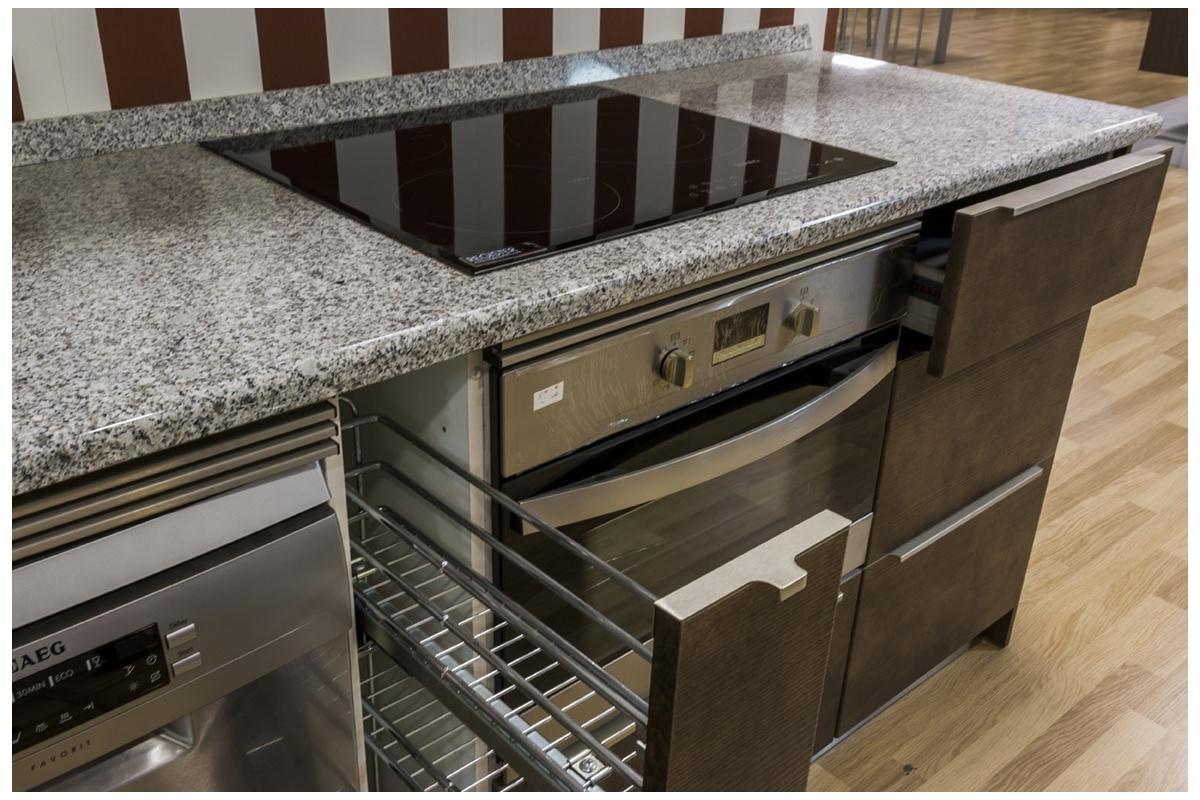 Cocina en exposici n sega cuero glaciar cocif cil mk - Muebles de cocina de exposicion ...